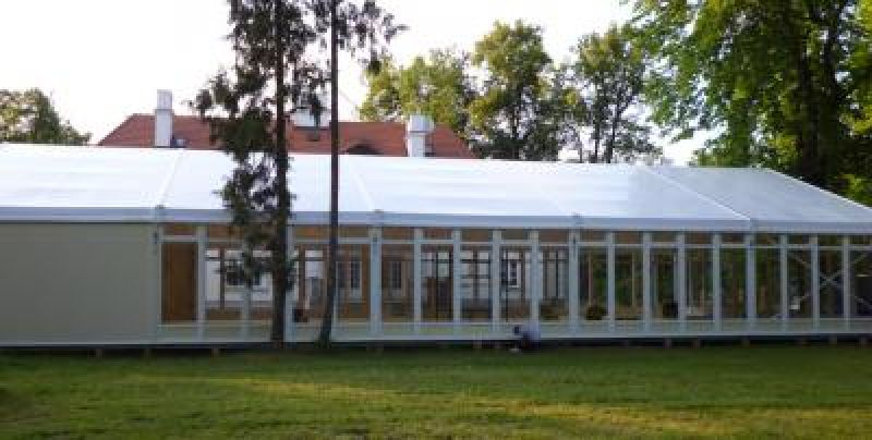 Hall de eventos Many (cerca de Tarczyn)